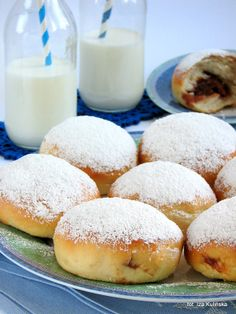 Pączki pieczone - Smaczna Pyza - (well made paczki are not greasy- they are not donuts) Polish Desserts, Polish Recipes, European Dishes, Churros, Doughnut, Donuts, Cookie Recipes, Healthy Recipes, Healthy Food