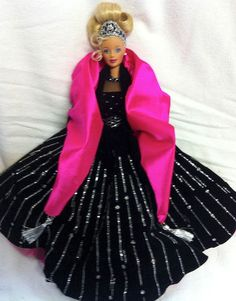 1998 Happy Holidays Barbie Doll Collectors edition by Mattel
