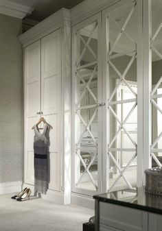 Mirrored wardrobe doors - English wardrobe Company - maybe bit fancy Bedroom Furniture Design, Mirror Closet Doors, Home, Closet Bedroom, Room Doors, Built In Wardrobe, Dressing Mirror, Mirrored Wardrobe Doors, Closet Design