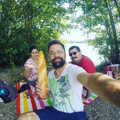 Aproveitamos o sábado para pedalar pela pequena cidade de Heinsberg onde o Guto e a Lau moram há dois anos. Rolou até um farto piquenique na beira do Lago Latrello #heinsberg #eurotrip2016 #deutschland #germany #alemanha #europa #europe #eurotrip #latrello #friendship #picknick
