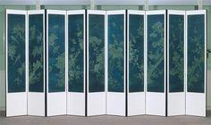 """Paravent à dix panneaux (hwajodo """"décor de fleurs et oiseaux sur fonds bleu"""") Yi Han-Ch'ol Hui-Won Korea"""