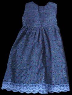 vestido para niña con punto nido de abeja y encajes