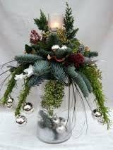 Afbeeldingsresultaat voor kerstbloemstukken modern