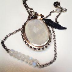 Vintage Glamour moonstone