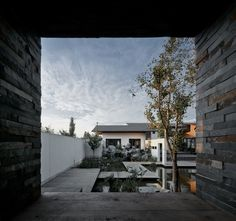 Completed in 2015 in China. Images by ShengLiang Su, Su Architects. The site of project locates in the region south of Yangtze River, this region is the motherland of Chinese triditional landscape art. The Architect...