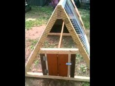 How to build a Chicken Tractor Coop Easy, Fun, & Portable! - this would be perfect for my backyard to be! :)