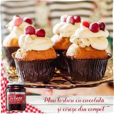 Mini torturi cu ciocolată şi cireşe din compot Râureni Mini Cupcakes, Desserts, Food, Tailgate Desserts, Deserts, Essen, Postres, Meals, Dessert