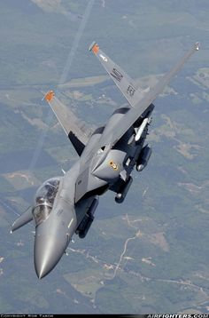 (cn McDonnell Douglas Strike Eagle, In Flight, USA Air Force, High quality military aircraft photos at the internet military aviation leader, AIRFIGHTERS. Stealth Aircraft, Air Force Aircraft, Fighter Aircraft, Us Military Aircraft, Military Jets, Airplane Fighter, Air Fighter, Aircraft Photos, Aircraft Design