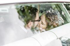 Mischung aus Rockabilly und Vintage – die Hochzeit von Katrin & Stefan. Foto: http://www.frauvau.photography/
