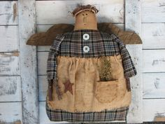 Primitive Angel with a Rusty Star by Thymeforprimitives on Etsy