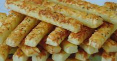 Hozzávalók: 65 dkg liszt 25 dkg vaj vagy margarin 100 g sajt 1 tojás 1 tasak szalalkáli (7g) 3 evőkanál tejföl Só (7 g...