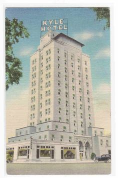 Kyle Hotel Temple Texas 1940 linen postcard.  Now it's a senior citizen apartment building.