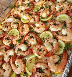 Baked Lemon Parsley Shrimp Recipe http://cleanfoodcrush.com/baked-lemon-parsley-shrimp/