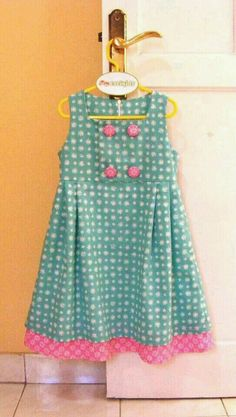Vestido Baby Girl Dress Patterns, Baby Clothes Patterns, Little Girl Dresses, Girls Dresses, Toddler Dress, Toddler Outfits, Baby Dress, Kids Outfits, Little Girl Fashion