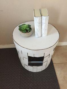 Decorative weave kitty litter box