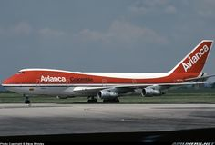 Classic shot of an Avianca B747 At Paris back in 1979.