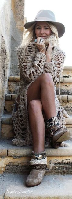 Boho chic loosely knit sweater trench with short modern hippie boots. For the BEST Bohemian fashion ideas FOLLOW https://www.pinterest.com/happygolicky/the-best-boho-chic-fashion-bohemian-jewelry-gypsy-/ now