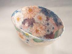野村晃子展 Resin Art, Clay Art, Ceramic Pottery, Ceramic Art, Ceramic Flowers, Japanese Pottery, Vintage Dishes, Handmade Pottery, Flowers