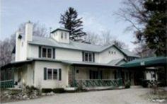 Country House Union Pier 12 bdrms, garden suite, 10.5 bath, sleeps 28-30; tented events(?)