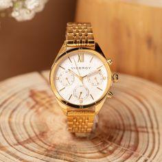 Tradición y diseño moderno #Viceroy Gold Watch, Watches, Accessories, Fashion, Modern Design, Spring Summer, Moda, Wristwatches, Clocks