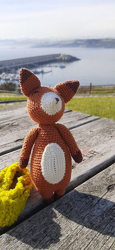 Ravelry: Zander el zorro pattern by Soraya Povedano Softies, Ravelry, Teddy Bear, Pattern, Crochet Hooks, Chain Stitch, Yarns, Dots, Patterns