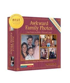 Awkward Family Photos Board Game -- I think I would have lots of fun with this! Awkward Family Photos Game, Awkward Photos, Funny Photos, Creepy Photos, Family Pictures, Family Party Games, Family Board Games, Photo Games, Photo Boards
