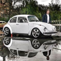 Best classic cars and more! Vw Bus, Combi Split, Vw Super Beetle, Volkswagen Karmann Ghia, Vw Vintage, Honda Crv, Honda Odyssey, Best Classic Cars, Transporter
