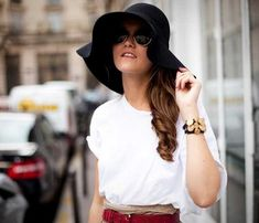 ¡Domina el arte de usar sombreros con todos tus outfits!