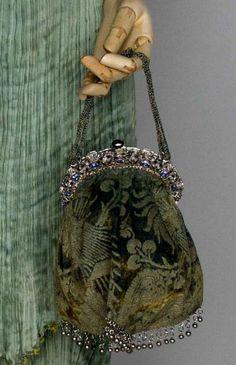 Fortuny velvet evening purse, 1916