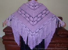 Busy Housewives: Crocheted shawl