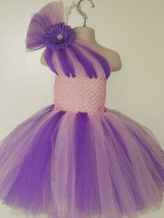 Items similar to One shoulder style tutu dress 6 on Etsy No Sew Tutu, Diy Tutu, Little Girl Dresses, Girls Dresses, Flower Girl Dresses, Diy Dress, Tulle Dress, Princess Tutu Dresses, Robes Tutu