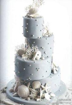 SEASHELLS CORALS WEDDING CAKE FOR A BEACH WEDDING.