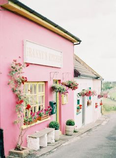 ~Grannys Kitchen in Carlow Ireland~ photography by http://www.jenhuangblog.com/