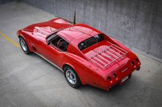 1976 Corvette Stingray is creative inspiration for us. Get more photo about Cars… 1977 Corvette, Chevrolet Corvette, Little Red Corvette, Nissan Trucks, Classic Corvette, Gm Car, Cars Usa, Chevy Chevelle, Tuner Cars