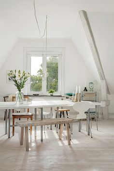 A light-filled Scandinavian apartment: http://style-files.com/ (images from Erik Olsson, via Pulmonate).