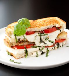 Caprese Grilled Cheese Recipe on Yummly. @yummly #recipe
