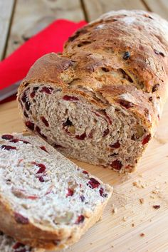 """Cranberry Walnut Oat Bread They promised it would give me """"professional results EVERY time."""" And let me tell you–this bread tastes like something out of one of your favorite bakeries. They added dough improvers to make your bread turn out even m Bread Maker Recipes, Syrup Recipes, Vegan Bread, Bread Baking, Bread Food, Rye Bread, Yeast Bread, Bread Rolls, Bread Machine Bread"""