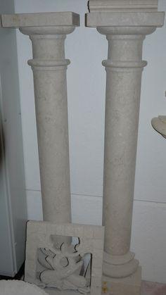 Säule in Marmor - http://www.achillegrassi.com/de/project/colonna-in-marmo/ - Säule in Botticino Marmor, feingeschliffen Maße: – 33cmx 16cm x 155cm