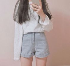 Korean Fashion Trends you can Steal – Designer Fashion Tips Korean Girl Fashion, Korean Street Fashion, Ulzzang Fashion, Korea Fashion, Cute Fashion, Asian Fashion, Look Fashion, Fashion Outfits, Korean Outfits