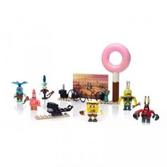 Includes a buildable donut sign and tire launcher along with seven figures: SpongeBob, Squidward, Mr. Krabs, Patrick, Plankton, and two fish.