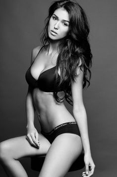 Ashley Sky Pictures - Ultimate Collection - UltraLinx