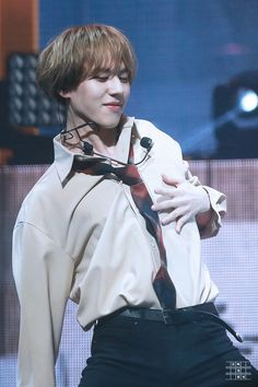 180203 Yugyeom at GOT7's 4th Anniversary Fanmeeting cr: OgyeomD