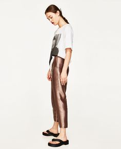 Image 4 of HIGH-WAISTED STRAIGHT CUT TROUSERS from Zara