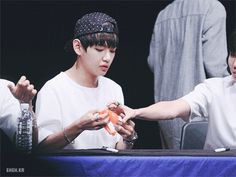 """Taehyung be like, """"If I can't have it, you can't have it neitha!"""" X'D"""