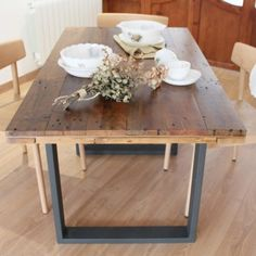 04-alcazaba-dining-table-upcycled-wood-metalic-legs-industrial-style