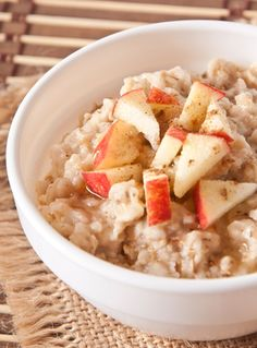 Overnight Apple Cinnamon Crockpot Oatmeal - Perfect for Winter mornings.