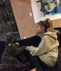 Ariana grande and elizabeth gillies on We Heart It, Ariana Grande Fotos, Ariana Grande Pictures, Elizabeth Gillies, Barack Obama, Bae, Dangerous Woman, Reaction Pictures, Memes, My Idol