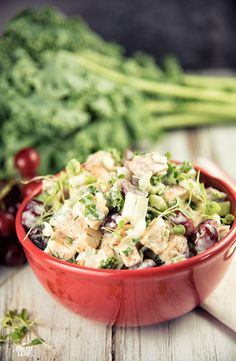 Chicken And Grape Salad. A sweet crunchy and refreshing chicken salad that's perfect for everything from quick lunches to barbecue potlucks. Paleo Chicken Recipes, Paleo Recipes, Whole Food Recipes, Cooking Recipes, Turkey Recipes, Whole 30 Lunch, Grape Salad, How To Eat Paleo, Clean Recipes