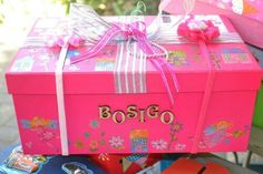 Beautiful Santa Shoebox for Bosigo!