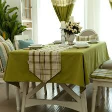 This Pin was discovered by Neş Green Table, Dinning Table, Kitchen Curtains, Table Toppers, Kitchen Essentials, Cozy House, Table Linens, Bird Houses, Table Runners